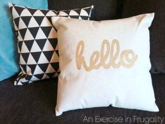 No-sew throw pillows